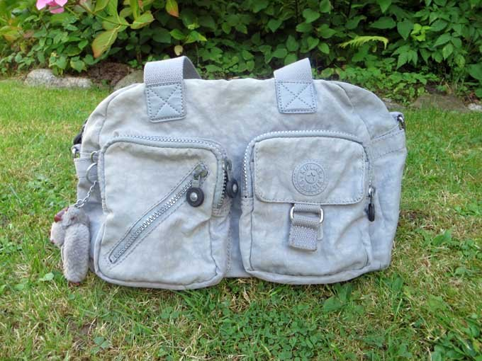 Kippling Tasche grau
