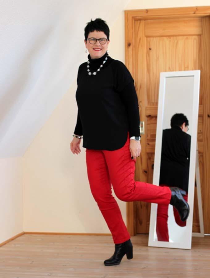 Sabine-Gimm-rote-Hose-3