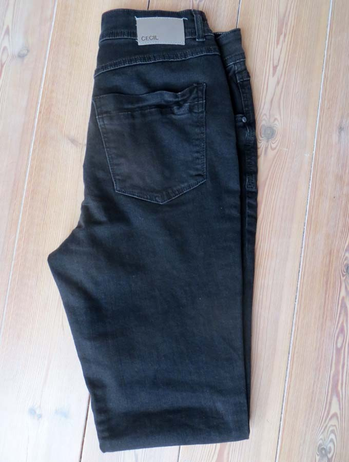 Sabine-Gimm-Jeans-schwarz-3