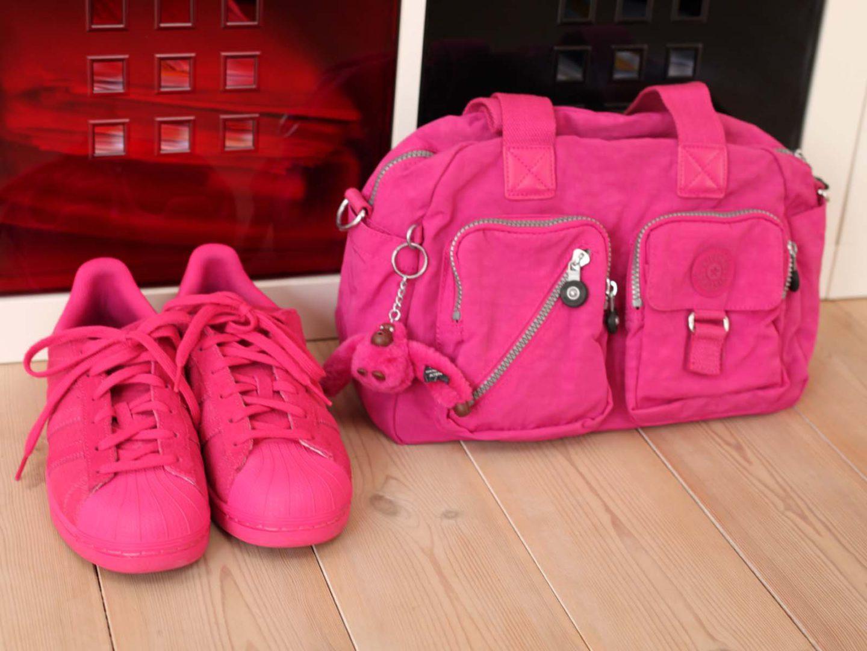 Tasche und Schuhe in Pink