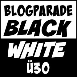 blackwhitebloxrzg7s4h9t