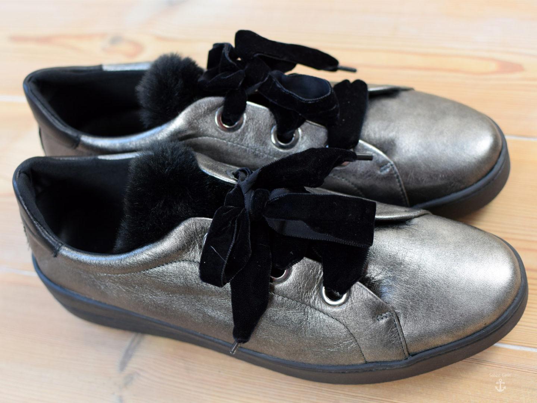 Gewinne Schuhe von Avena